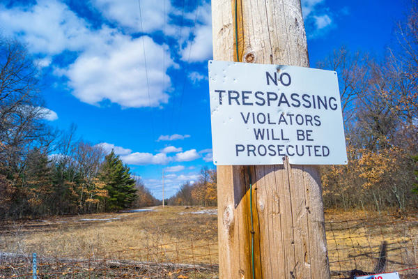 bigstock-no-trespassing-sign-44165695